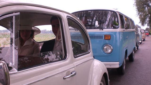 trouwen in een busje